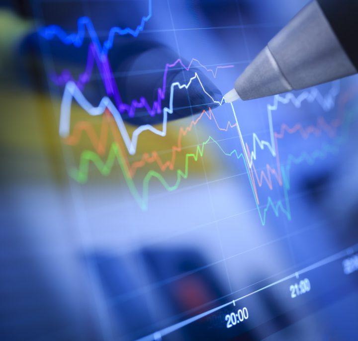 Economista especializado em macroeconomia avalia processo de recessão e aponta desafios