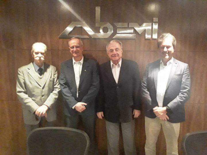 ABEMI promove palestra sobre pré-sal e atividades da Petrobras na bacia de Santos